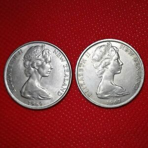 LOT OF 2 / 1969 1967 NEW ZEALAND 20 CENTS / KM 36.1   > COMBINE SHIP FOR $0.15