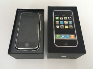 NEW OLD STOCK OPEN BOX APPLE IPHONE 2G 8GB 1ST GENERATION    COLLECTORS 2007