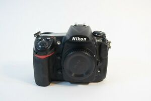 NIKON D300S 12.3MP DIGITAL SLR CAMERA   NEW BATTERIES/CHARGER