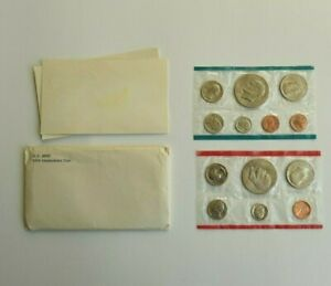 1974 UNCIRCULATED US MINT SET P & D MARKS ORIGINAL GOVERNMENT PACKAGING 13 COINS