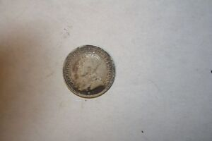 1912 CANADIAN 5 CENT SILVER IN VG CONDITION
