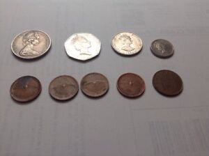 COLLECTION QUEEN ELIZABETH II COINS   1975 DOLLAR   50 PENCE  1990 CAYMEN  CENTS