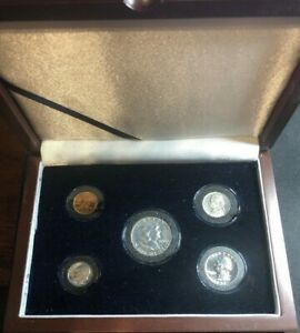 Click now to see the BUY IT NOW Price! 1952 US MINT PROOF SET  LOW MINTAGE 81 980  IN WOOD DISPLAY ENCAPSULATED CAMEOS