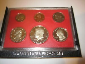 1981 UNITED STATES PROOF SET IN CASE  CH