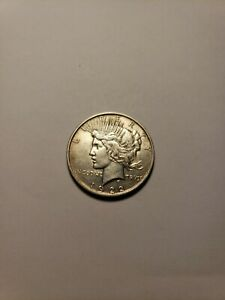 1922 D $1 PEACE SILVER DOLLAR. CIRCULATED. DESIRABLE D MINT ISSUE. 005