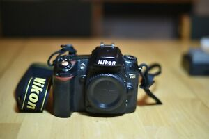 NIKON D80 DIGITAL SLR BODY FOR PARTS ONLY