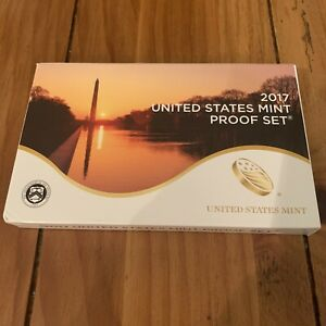 2017 S UNITED STATES MINT ANNUAL 10 COIN PROOF SET ORIGINAL BOX AND COA NEW
