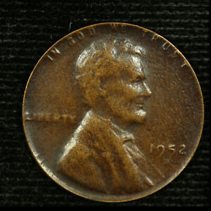 U.S MINT LINCOLN CENT ERROR. 1952 D. STRUCK ON A THIN PLANCHET. ONLY 1.7 GRAMS.