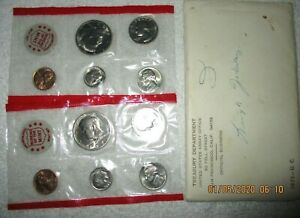 1971D UNCIRCULATED MINT SET  2 SETS  M47