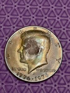 1976 D  KENNEDY HALF DOLLAR COLORFUL RAINBOW TONING  ERROR