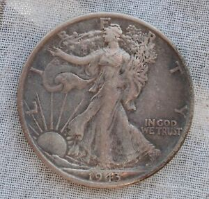 1943 S WALKING LIBERTY HALF DOLLAR.. SHARP