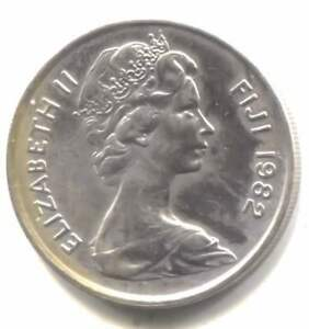 FIJI ISLANDS 1982 TEN CENTS COIN     QUEEN ELIZABETH II   10 CENT
