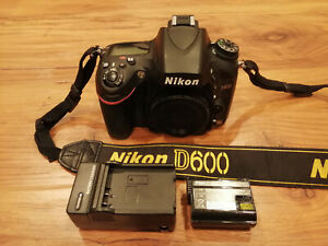 NIKON D600 24.3MP DIGITAL SLR CAMERA BODY   ONLY 5627 SHUTTER COUNTS