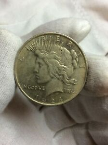 1924 P PEACE ONE DOLLAR $1 US 90  SILVER COIN