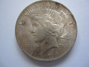 1924 SILVER LIBERTY PEACE DOLLAR NICE COIN