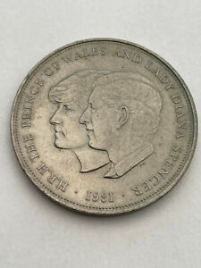 ROYAL WEDDING 1981 CROWN COIN PRINCE OF WALES AND LADY DIANA SPENCER 1981