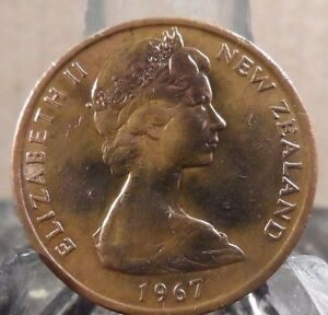 CIRCULATED 1967 2 CENT NEW ZEALAND COIN  20217 1