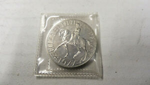 1977 QUEEN ELIZABETH CROWN COIN ENGLISH ROYALTY FLORAL KEY EQUINE COLLECT UK