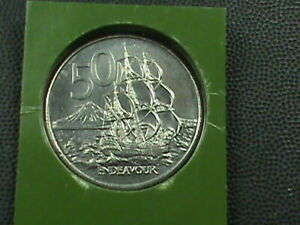 NEW ZEALAND 50 CENTS 1982 UNC  COMBINED SHIPPING .10 CENTS USA .29 INTERNATIONAL