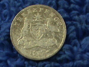 AUSTRALIA  3 PENCE  1917 M   COMBINED SHIPPING  .10 CENTS USA  .19 INTERNATIONAL