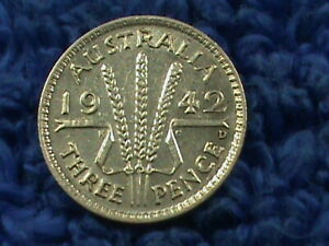 AUSTRALIA 3 PENCE 1942 D  UNC  COMBINED SHIPPING .10 CENTS USA .19 INTERNATIONAL