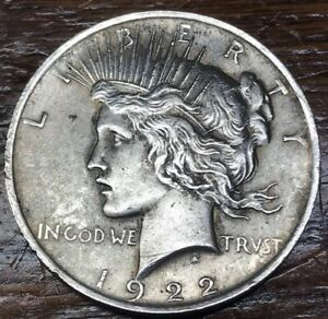 1922 MORGAN SILVER DOLLAR COIN
