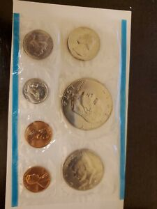 1974 SF AND P UNCIRCULATED UNITED STATES MINT SET WITH ERROR