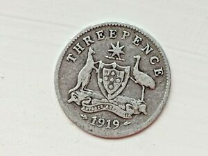 1919 AUSTRALIA THREEPENCE   SILVER & COLLECTABLE.
