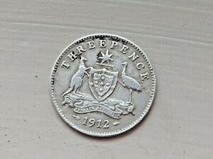 1912 AUSTRALIA THREEPENCE   SILVER & COLLECTABLE.