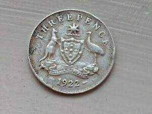 1922 AUSTRALIA THREEPENCE   SILVER & COLLECTABLE.
