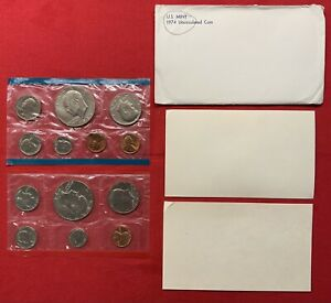 1974 P & D UNITED STATES MINT UNCIRCULATED COIN SET W/ENVELOPE