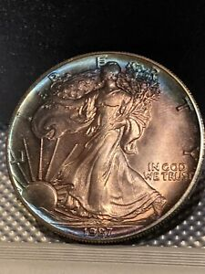 1987 AMERICAN SILVER EAGLE TONED  A REALLY SUPER COIN. STUNNING COLOR DISPLAY $