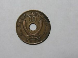 OLD EAST AFRICA COIN   1943 SA 10 CENTS   CIRCULATED