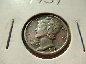 1939 MERCURY DIME COIN WITH