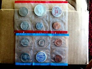 ORIGINAL GENUINE 1969 P&D U.S. MINT SET ISSUED BY U.S. MINT IN UNOPENED SLEEVES