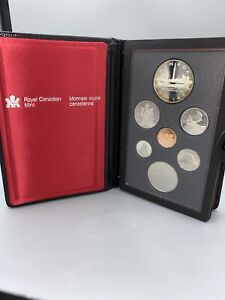 1984 ROYAL CANADIAN MINT   PROOF SET W/ SILVER DOLLAR   7 COIN SET