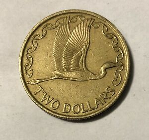 1990 NEW ZEALAND TWO 2 DOLLAR COIN