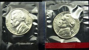 1981 P AND D SET OF UNCIRCULATED BU JEFFERSON NICKEL MINT CELLO  B02