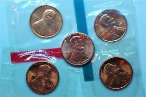 LOT OF 5 NICE LINCOLNS UNCIRCULATED  4 IN MINT CELLO