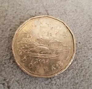 2004 CANADA LOONIE ONE DOLLAR COIN