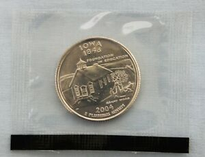 2004 D IOWA STATE UNCIRCULATED QUARTER IN ORIGINAL MINT CELLO  9555