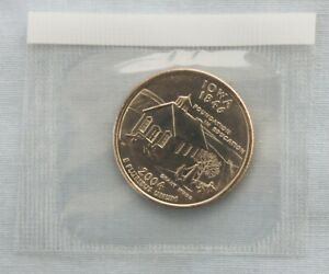 2004 P IOWA STATE UNCIRCULATED QUARTER IN ORIGINAL MINT CELLO  9555