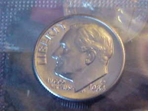 32   1984 D ROOSEVELT DIMES  BU IN CELLO