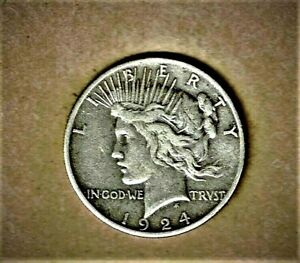 1924 S PEACE DOLLAR IN .900 SILVER COMPOSITION V.F.  CONDITION