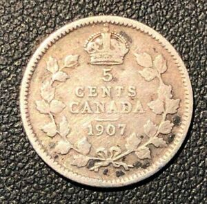 AF 1907 CANADA 5 CENTS HALF DIME SILVER COIN.