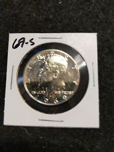 1969 S SILVER  US PROOF KENNEDY HALF DOLLAR FROM     US PROOF SET