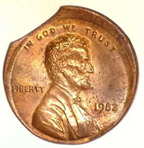 1982 1 STRUCK ON AN UNCENTERED BS & CLIPPED PLAN.