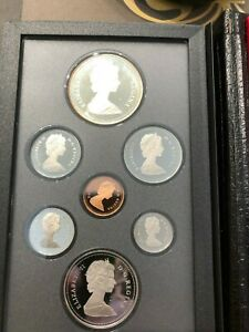 1986 CANADIAN PROOF SET ROYAL CANADIAN MINT 7 COIN SET WITH CASE