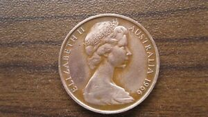 2 PENNY COIN FROM AUSTRALIA    DATED 1966   53 YEARS OLD