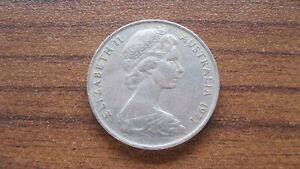 COIN FROM AUSTRALIA   10 CENT   DATED 1971   48 YEARS OLD
